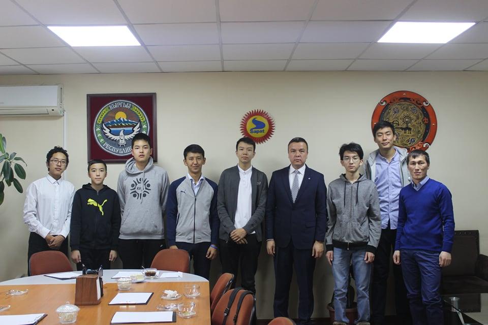 Информатика боюнча ХІ Евразия олимпиадасында Кыргызстан жалпы командалык эсеп боюнча алтын медалды утуп алуу менен абсолюттук чемпион болду